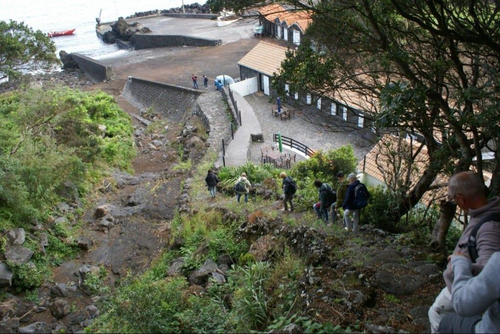 Ribeira mondt uit in de haven van San Caetano